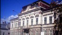 muzeul de arta lemnului Campulung Moldovenesc